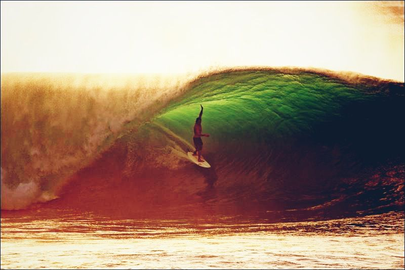 Jason Fredrico in position at Pipeline. Nate Smith