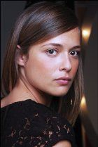 Valeria Bilello looks very much like Julia Clara 8deead7ab9707