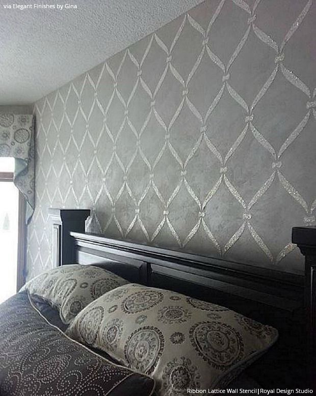 With a flat and gloss paint technique (matte painted walls ...