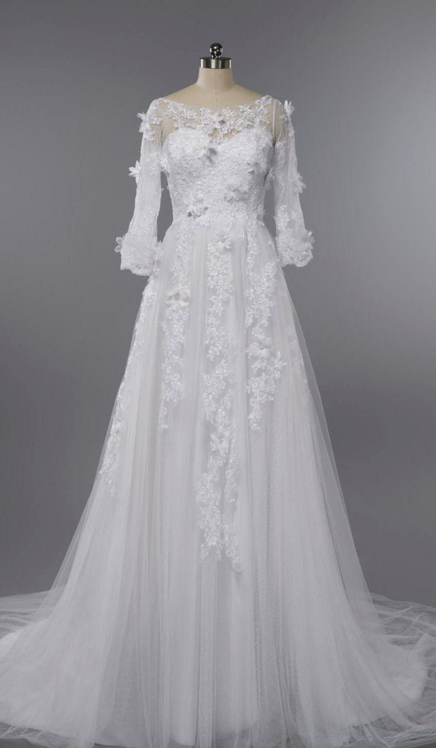 Half sleeve long lace wedding dressthree quaters sleeves wedding