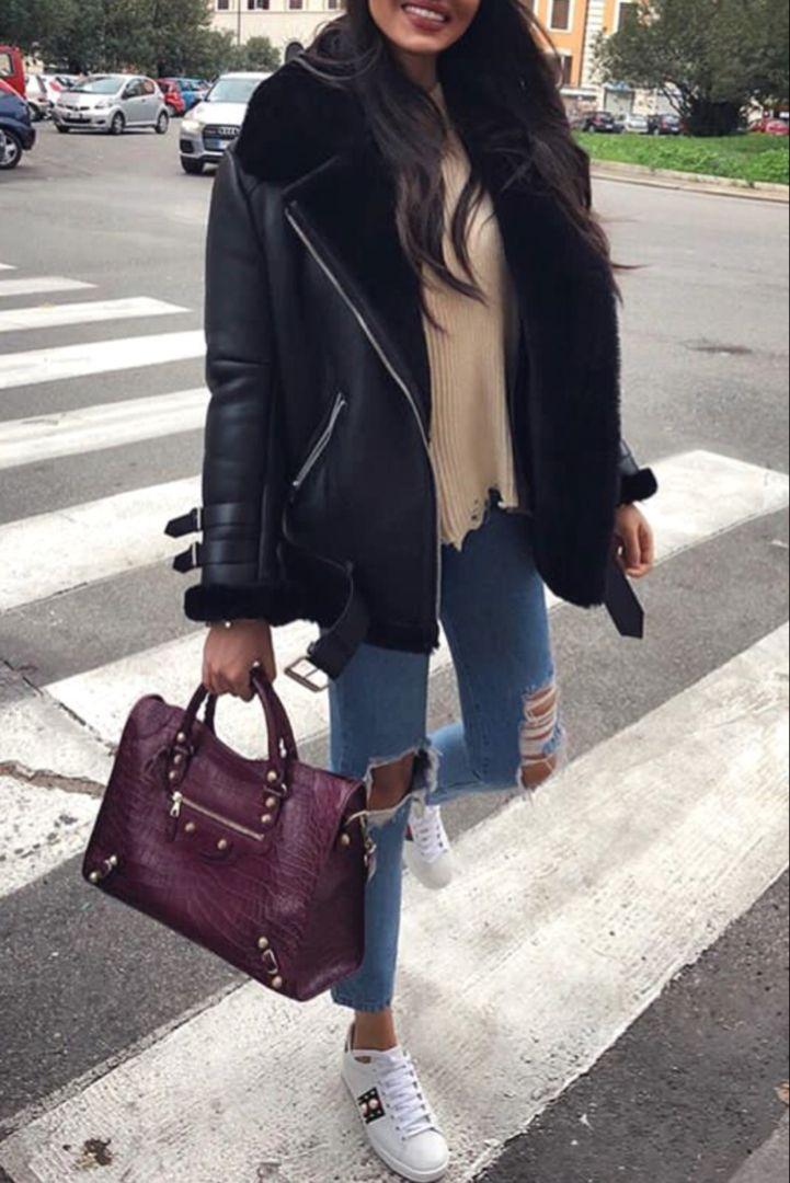 Photo of Mode femme automne / hiver avec un manteau noir aviateur