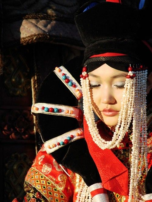 World By Tradition Russian Girl