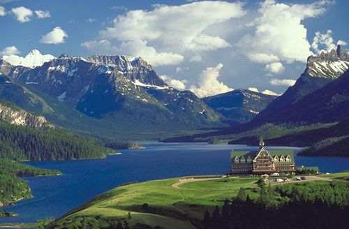 Prince Of Wales Hotel In Alberta Canada Waterton Lakes National Park National Parks Waterton National Park