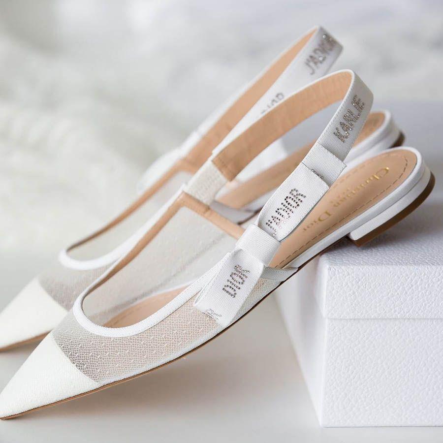 Karlie Kloss And Joshua Kushner S Intimate Romantic Wedding In New York Ladies Shoes Designer Dior Shoes Wedding Shoes Vintage