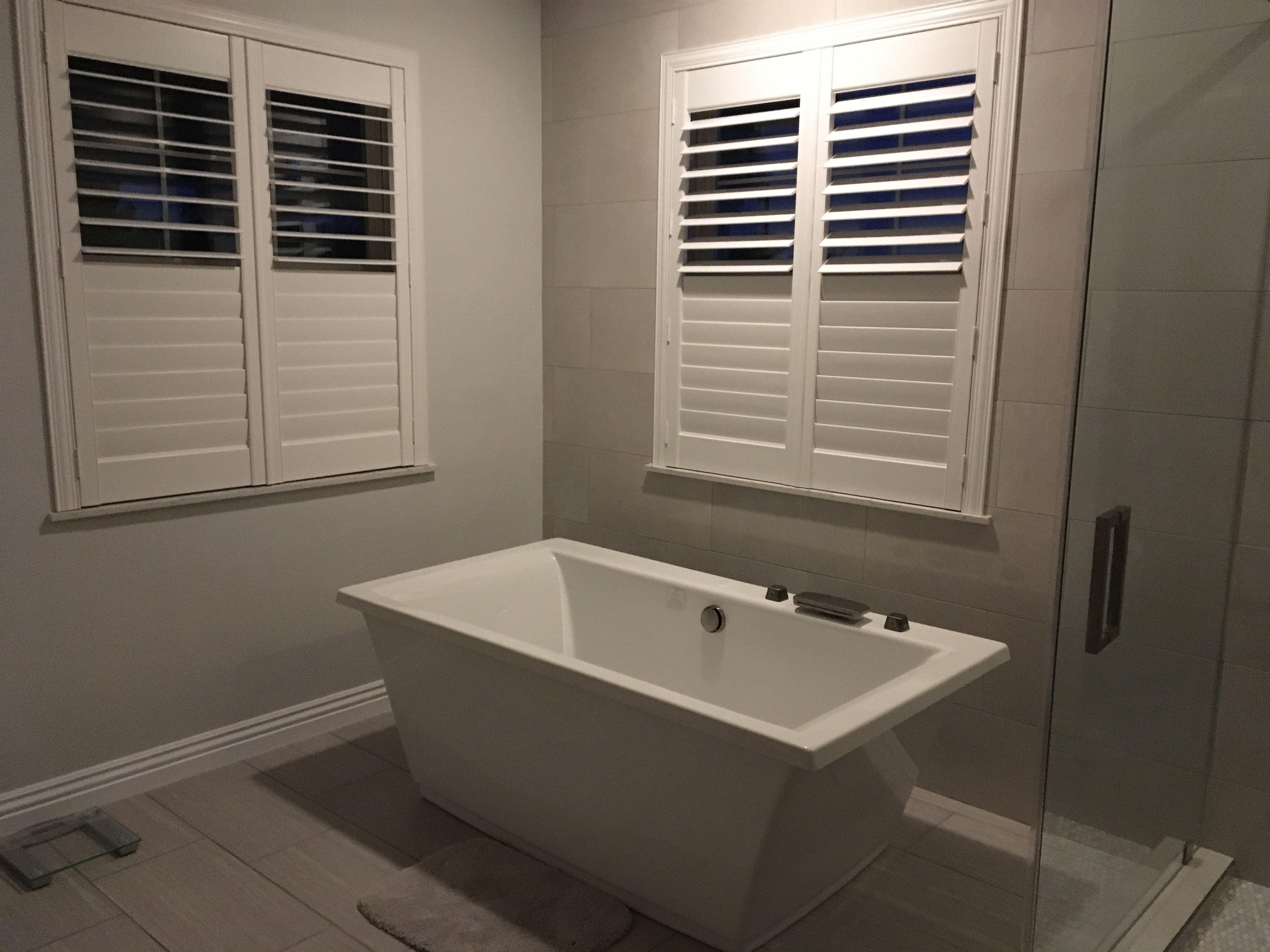 Jacuzzi, Fiore, freestanding Air tub | Master bath | Pinterest | Air ...