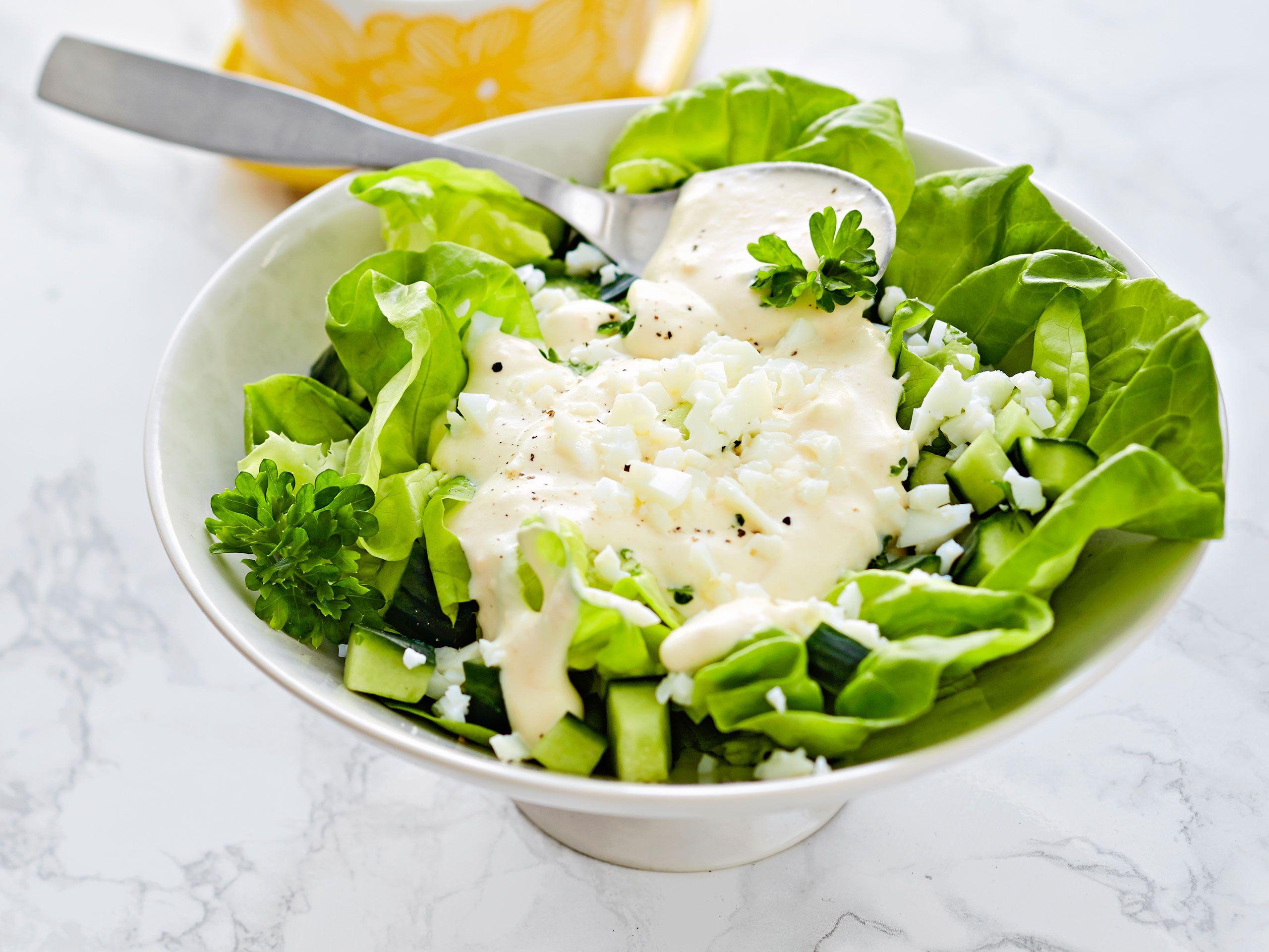 Isoäidin Salaatti