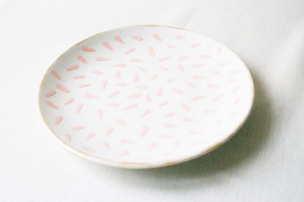 hand-painted porcelain desert plate by Johanna Tagada