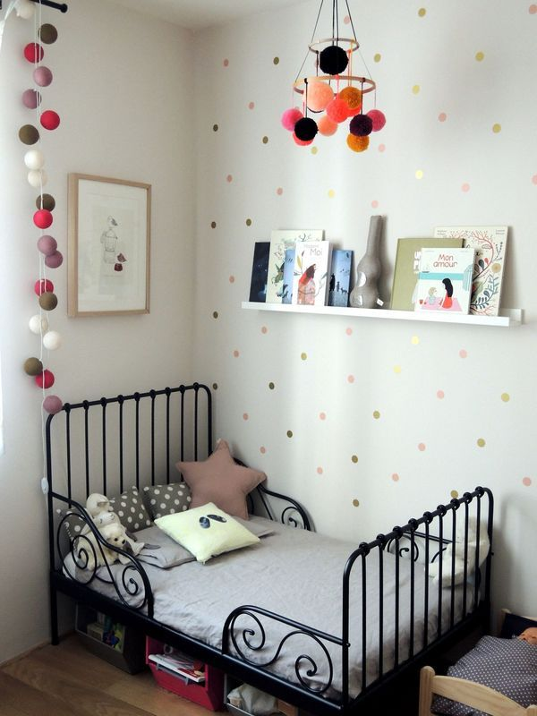 lit ikea noir pour enfant chambres des loustics pinterest photos et ikea. Black Bedroom Furniture Sets. Home Design Ideas