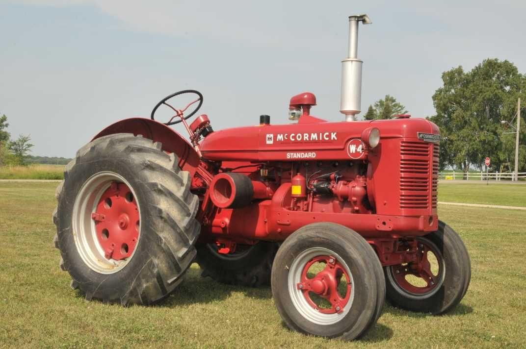 McCormick W4 International tractors, Old tractors, Tractors