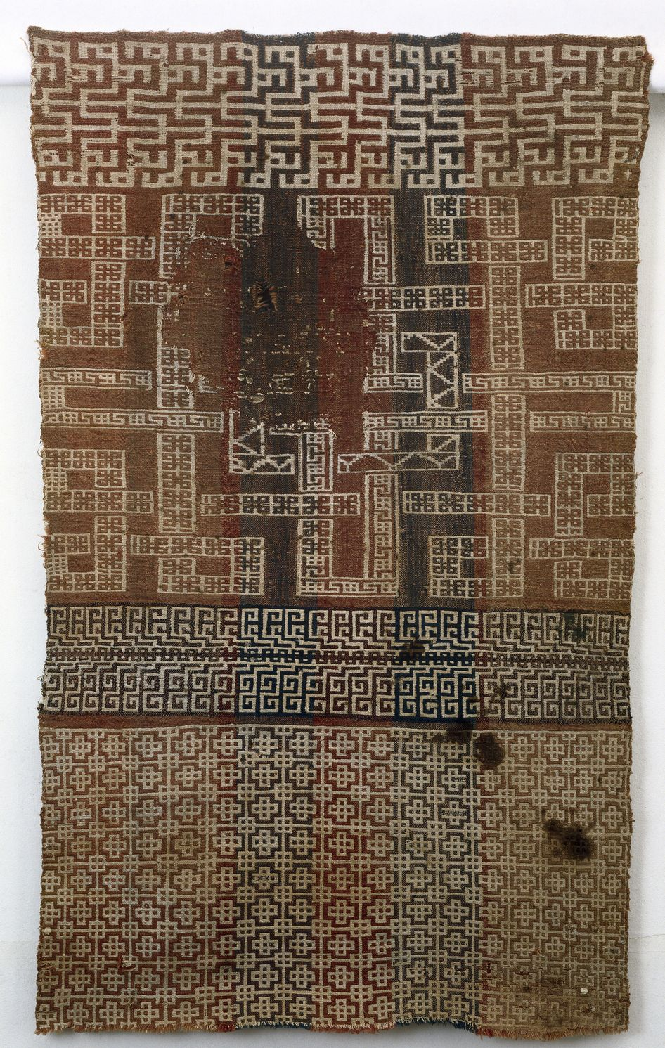 Srep02686 F3 Jpg 946 1491 Scandinavian Textiles Vikings Medieval Embroidery