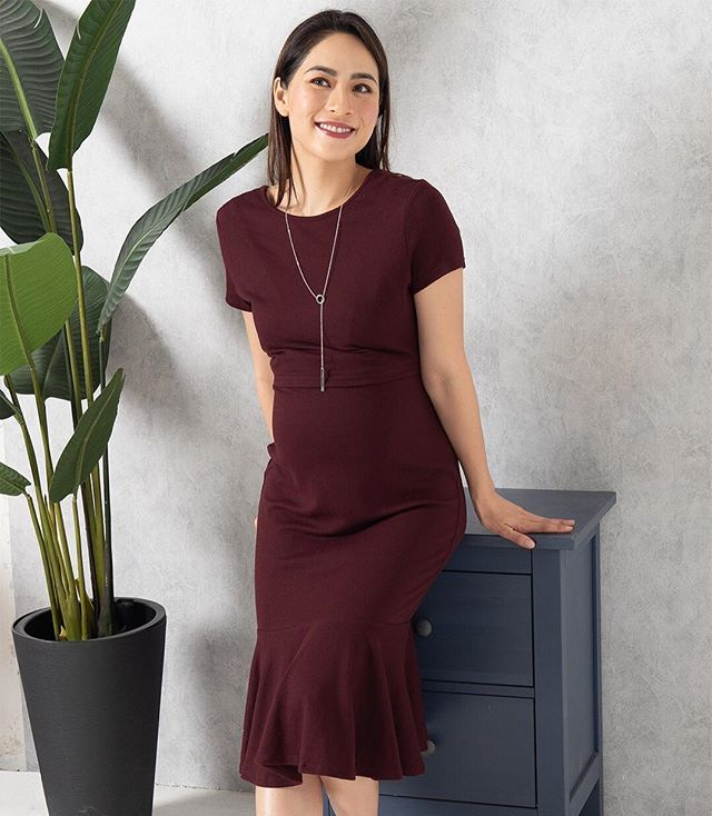 3b1268ab089 ... stretchy material mummies can still feel comfort all day. This is a  perfect piece to have from pre- to post- pregnancy! Ft. XARA MERMAID NURSING  DRESS ...