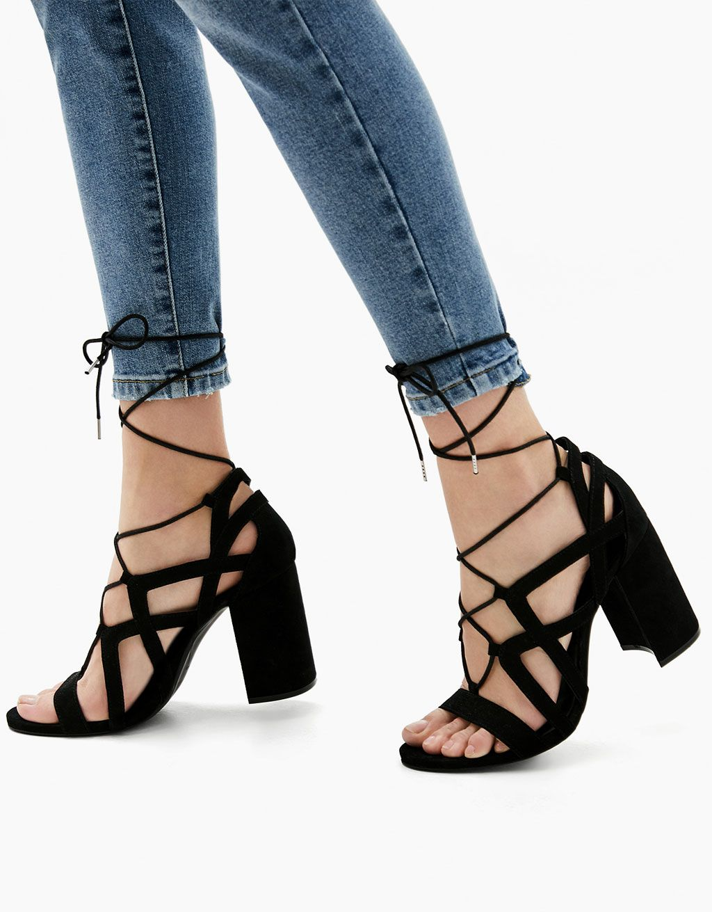 ca9726622223 Block high heel sandals with straps and laces - Heels - Bershka Romania