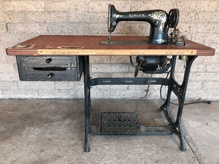 Vintage Singer 31 20 Industrial Sewing Machine Sn H1151884 With Antique American Industrial T Industrial Sewing Machine Sewing Machine Tables Industrial Sewing