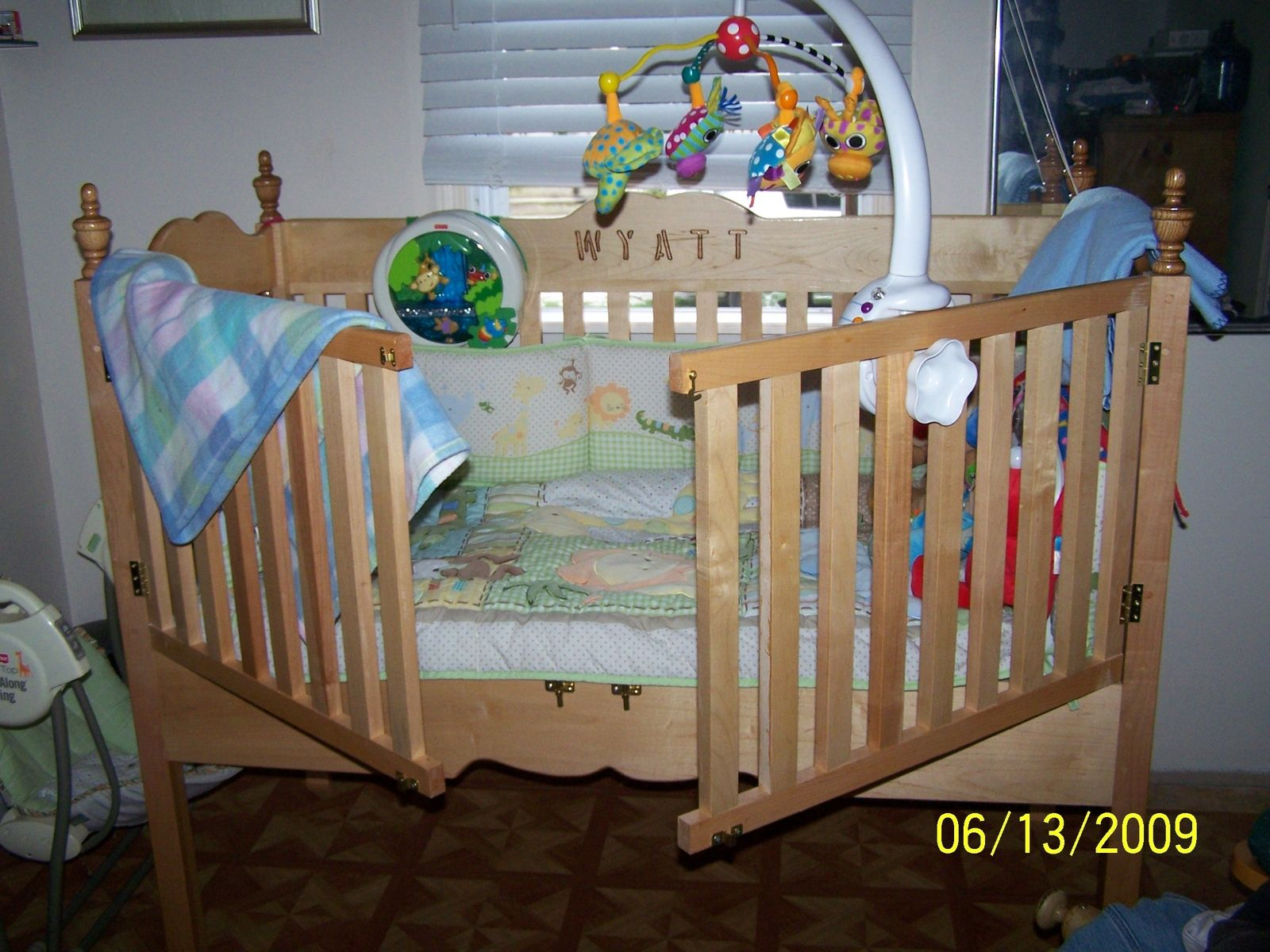 Custom Made Maple Baby Crib opens easily from the outside so ...