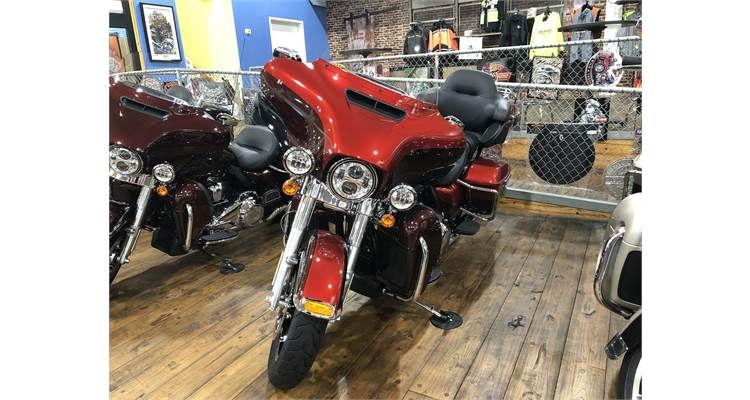 2018 ULTRA LIMITED (RED/RED) HarleyDavidson® Harley