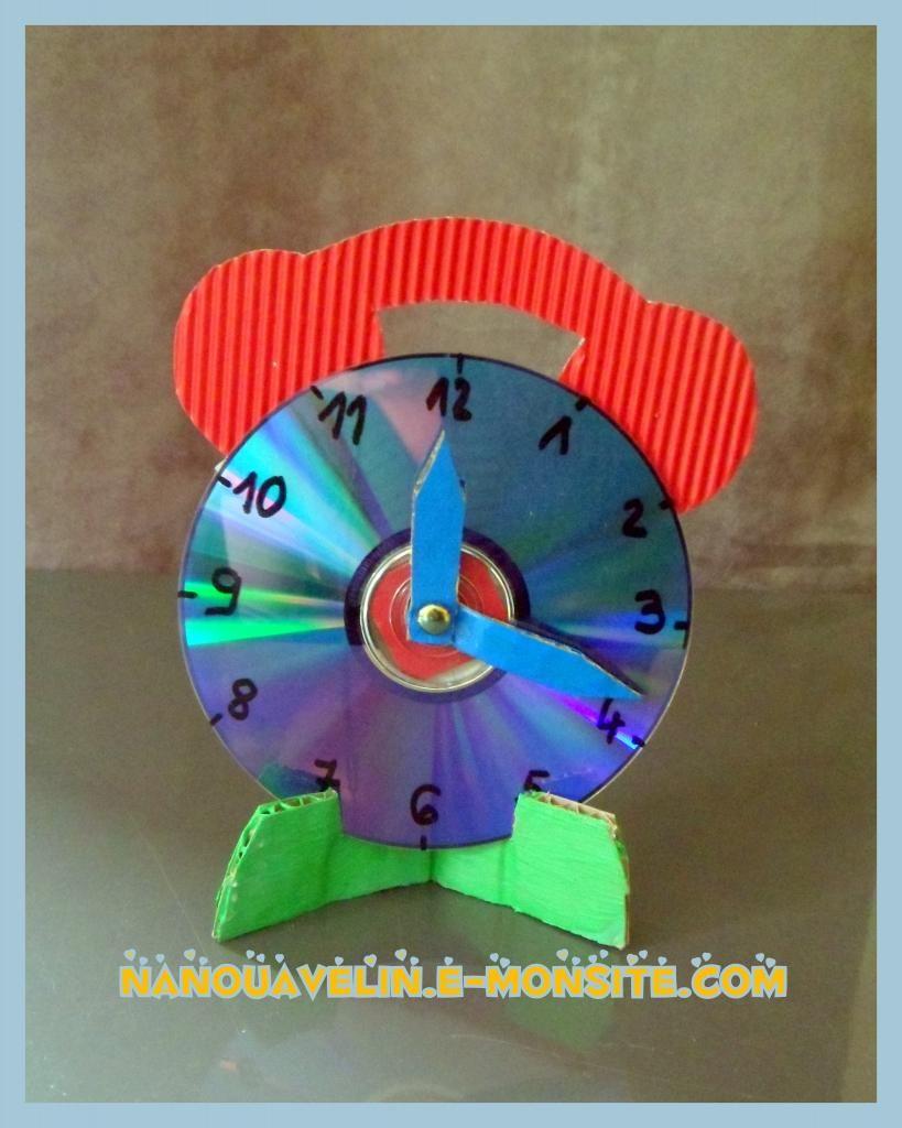 horloge avec cd rep re dans le temps bricolage enfant. Black Bedroom Furniture Sets. Home Design Ideas
