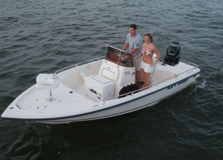 center console bay boat sport fishing 186br 5 64m. Black Bedroom Furniture Sets. Home Design Ideas