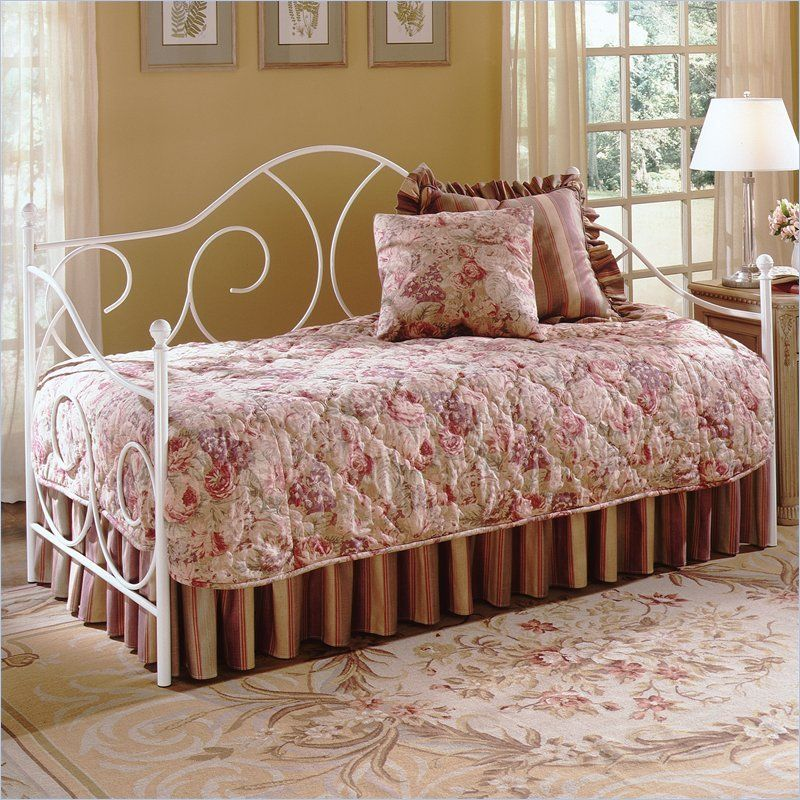 Fashion Bed Group Caroline White Metal Daybed With Link Spring