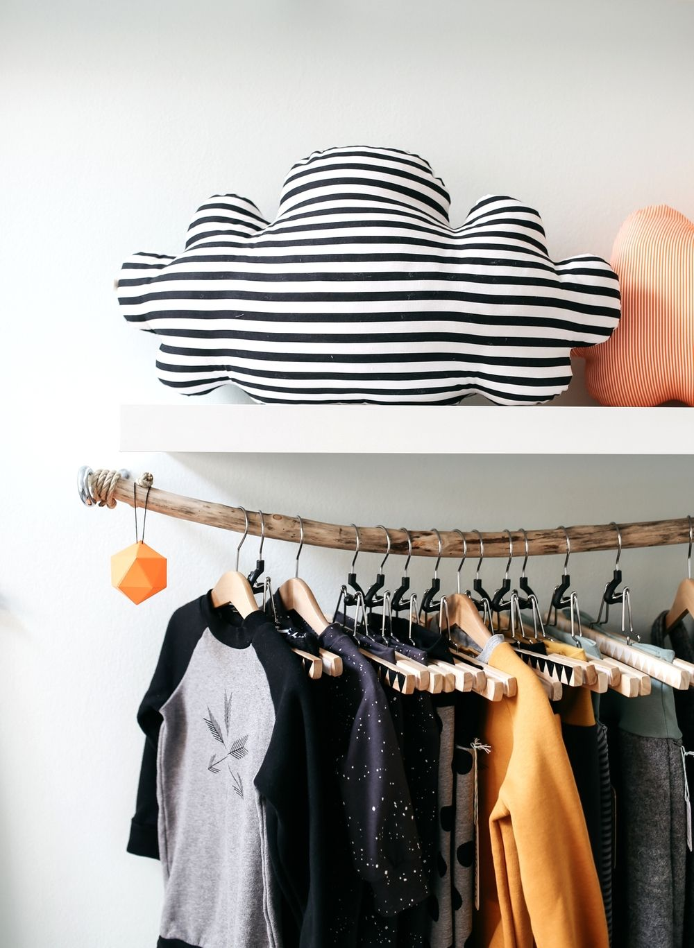 from the lovely blogger Jules at herzundblut.com // monkind, hanging clothes, screen print, branch clothes rail, wood, cloud cushion