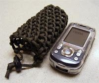 Paracord cell phone pouch