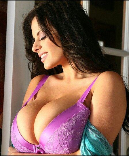Wendy Fiore Mauve Bra Profile