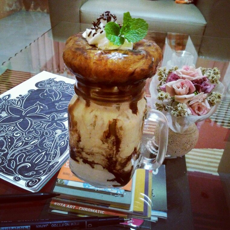 AvocadoCoffee Ice Cream with Lemon Glaze Donut