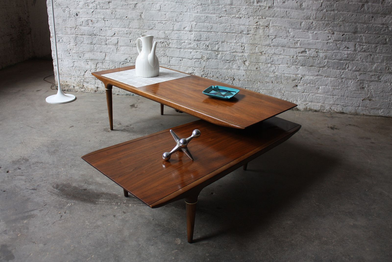 Rare Lane Swivel Pivot Boomerang Mcm Walnut Coffee Table U S A 1960 S Coffee Table Usa Coffee Table Coffee Table Vintage [ 1067 x 1600 Pixel ]