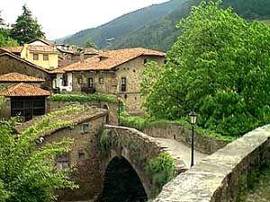Potes Cantabria Spain Fotos Rutas Cascadas