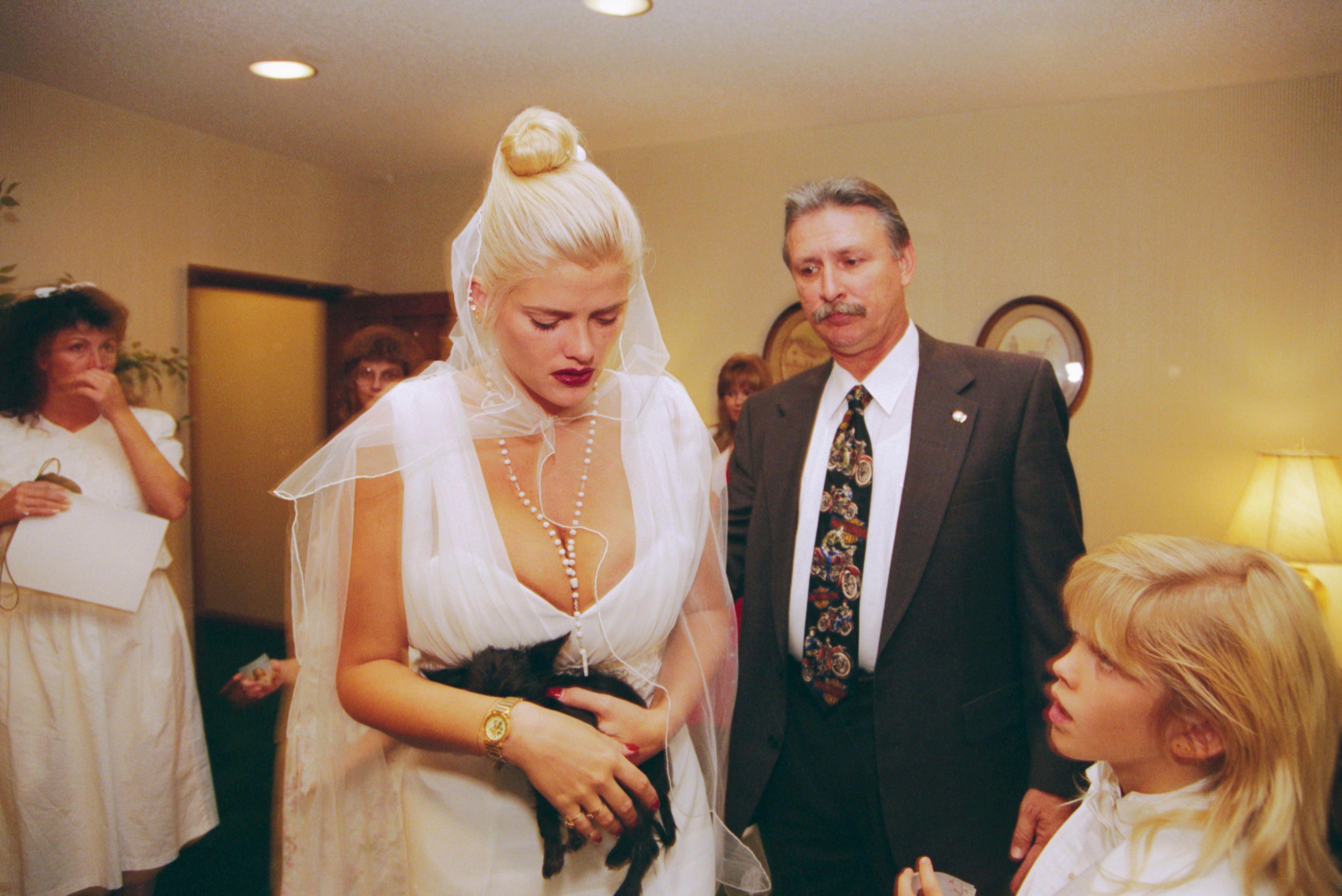 Anna Nicole Smith Smith Attends The Memorial Service For