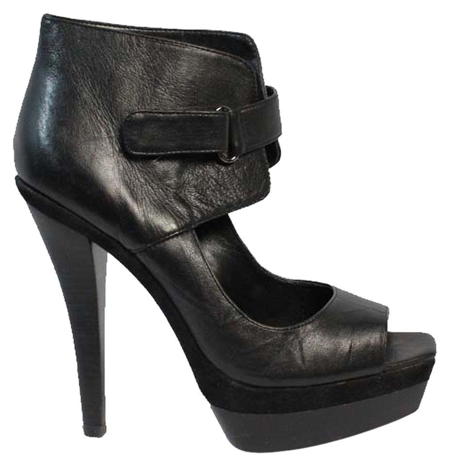 BCBG Pumps - # Black Leather Pumps