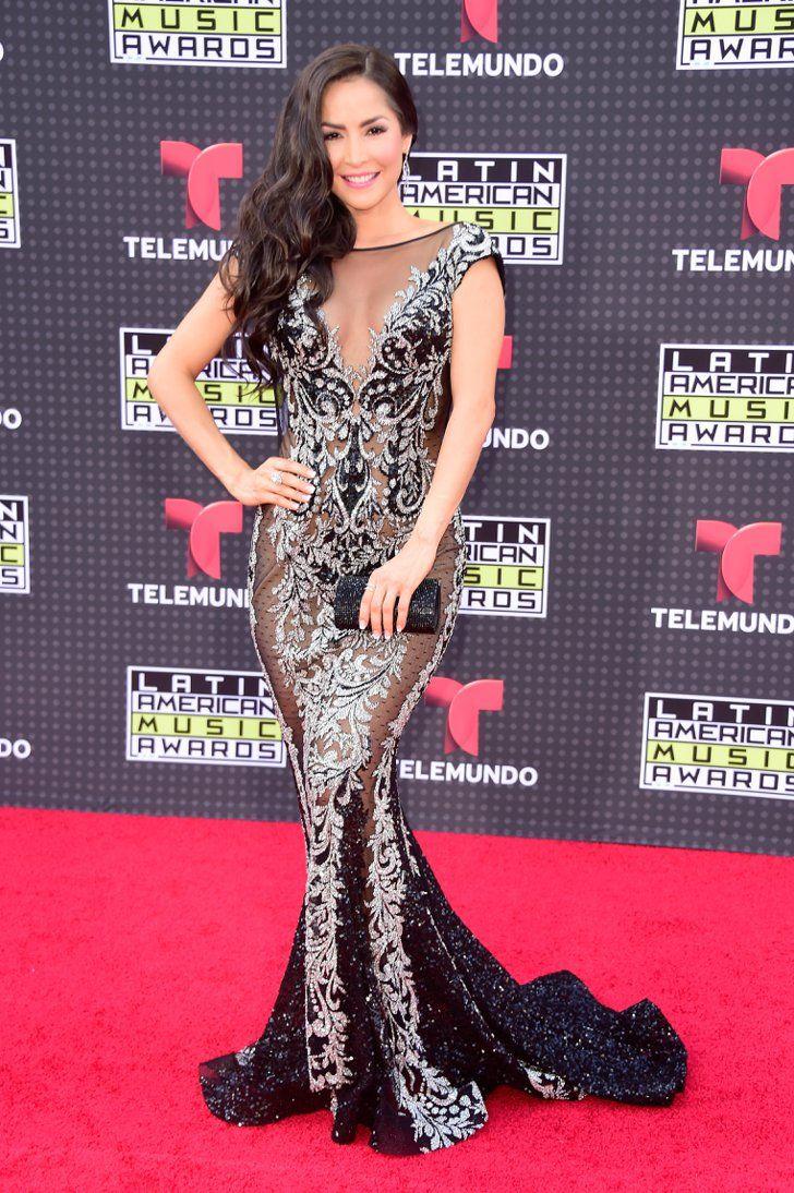 Carmen Villalobos | Bellisima y Hermosa