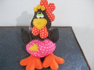 detalhe das costas,porque galinha que é galinha tem que ficar bonita de frente e de costa, :)