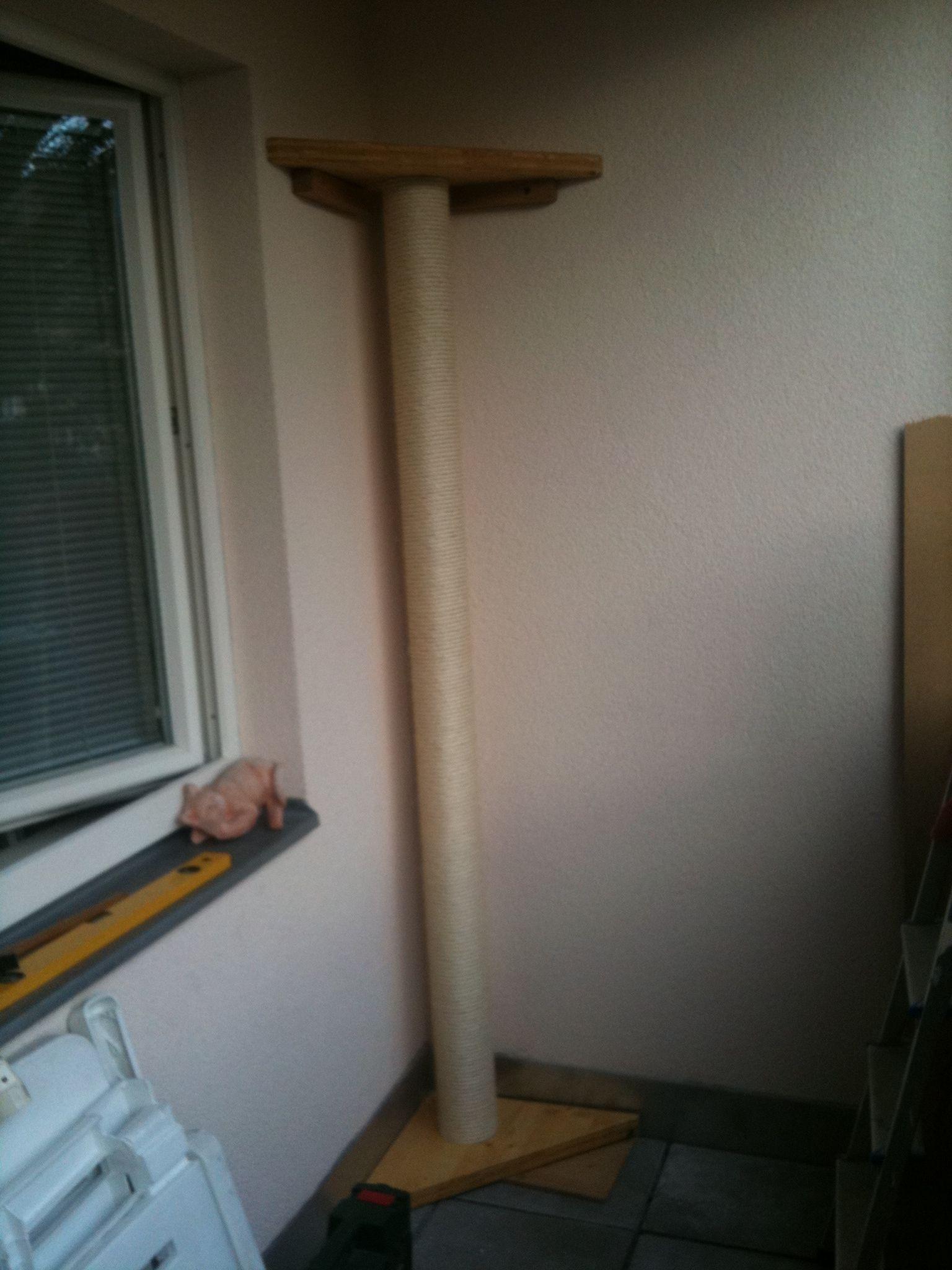 kratzbaum wand selber bauen perfect kratzbaum selber bauen materialien avec selbstbau mit. Black Bedroom Furniture Sets. Home Design Ideas