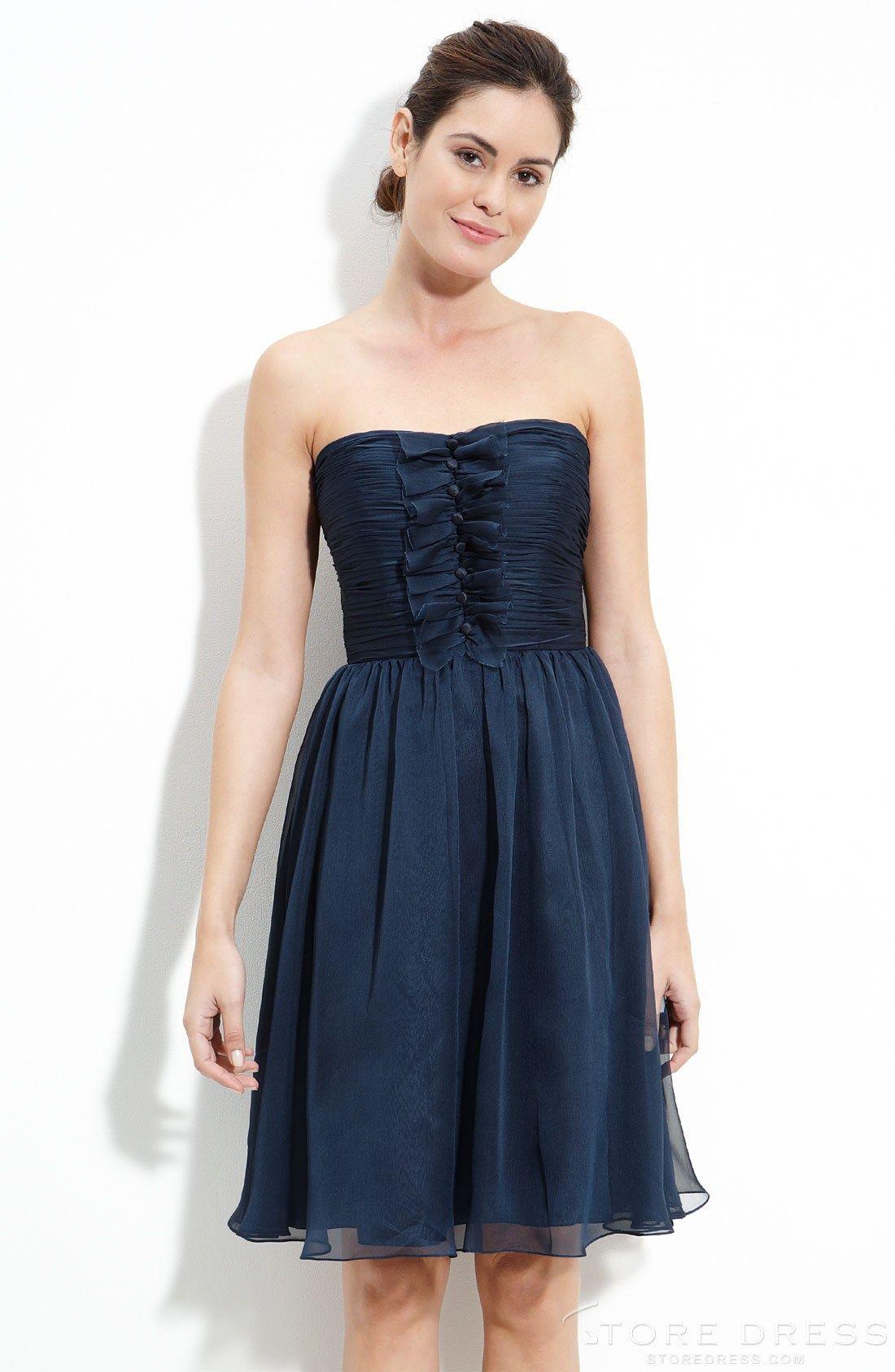 Gorgeous Sheath / Column Strapless Knee-length Bridesmaid Dress at Storedress.com