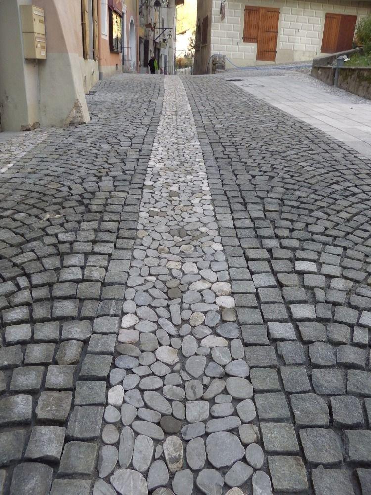 Association Calades Provencales Et Paves Anciens Pave Granit Galets Allee Pavee