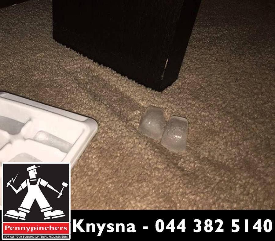 Lifehack How To Get Rid Of Carpet Dents Put An Ice Cube In Each Indentation And Let Cubes Slowly Melt Wait 12 Hours Diy Carpet Buying Carpet Carpet Runner