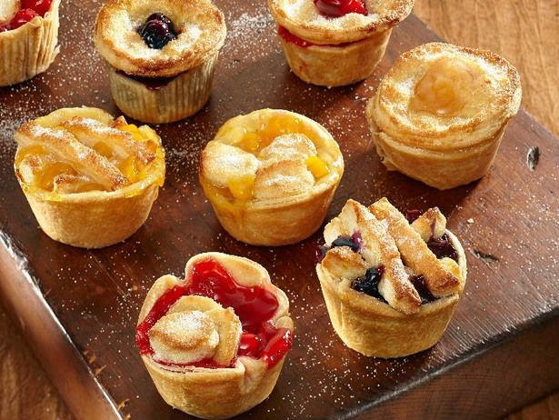 17 Adorably Delicious Bite-Sized Desserts To Make In A Mini Muffin Tin -   21 desserts Bite Size muffin tins ideas
