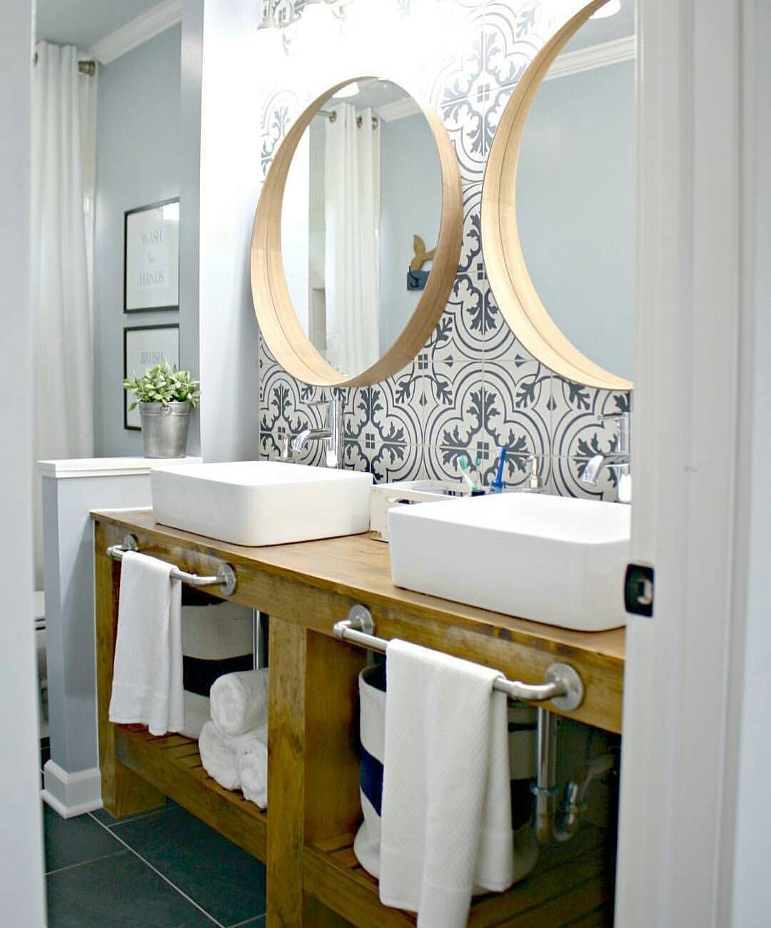 Morning friends! Do you love this bathroom as much as I do? Could ...