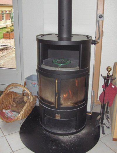 poele bois chauffage et chauffe eau poele bouilleur pinterest chauffage po le et eau chaude. Black Bedroom Furniture Sets. Home Design Ideas