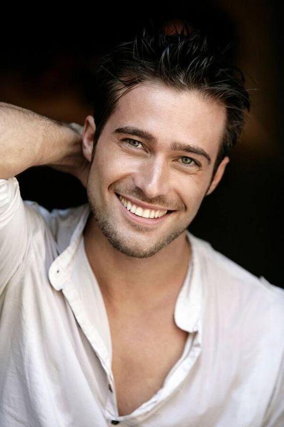 Short beards still need attention! | Beautiful men faces