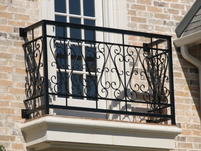 60 Best Railings Designs For A Catchier Balcony Pouted Com Balcony Railing Design Railing Design Balcony Railing