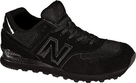 new balance in black