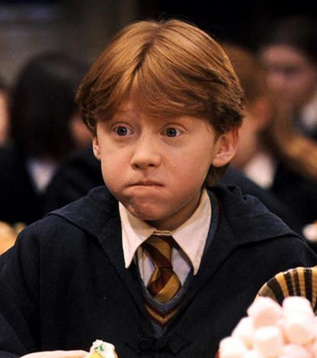 Au Debut De La Saga Neville Et Ron Sont Mauvais En Magie Plus Tard On Apprend Qu Il Est Difficil In 2020 Harry Potter Neville Ron Weasley Aesthetic Harry Potter Ron