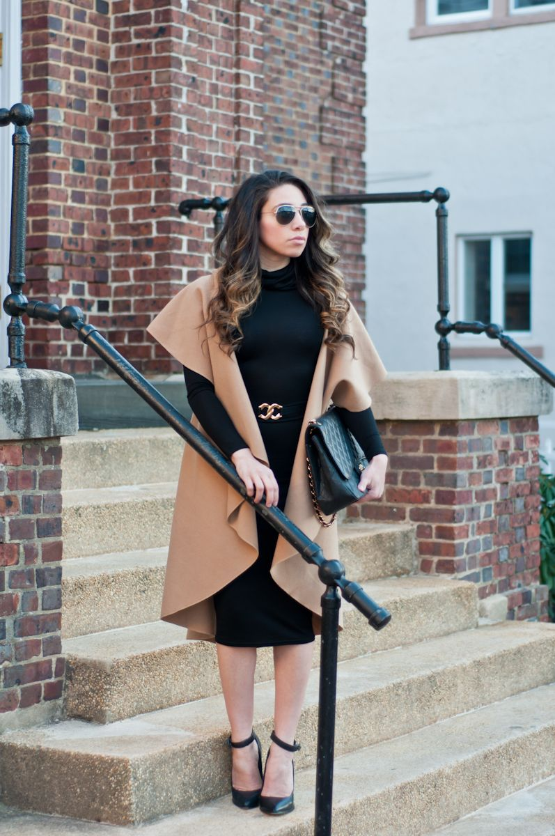 Bayann from bayus style diary wearing a black long sleeve bodycon