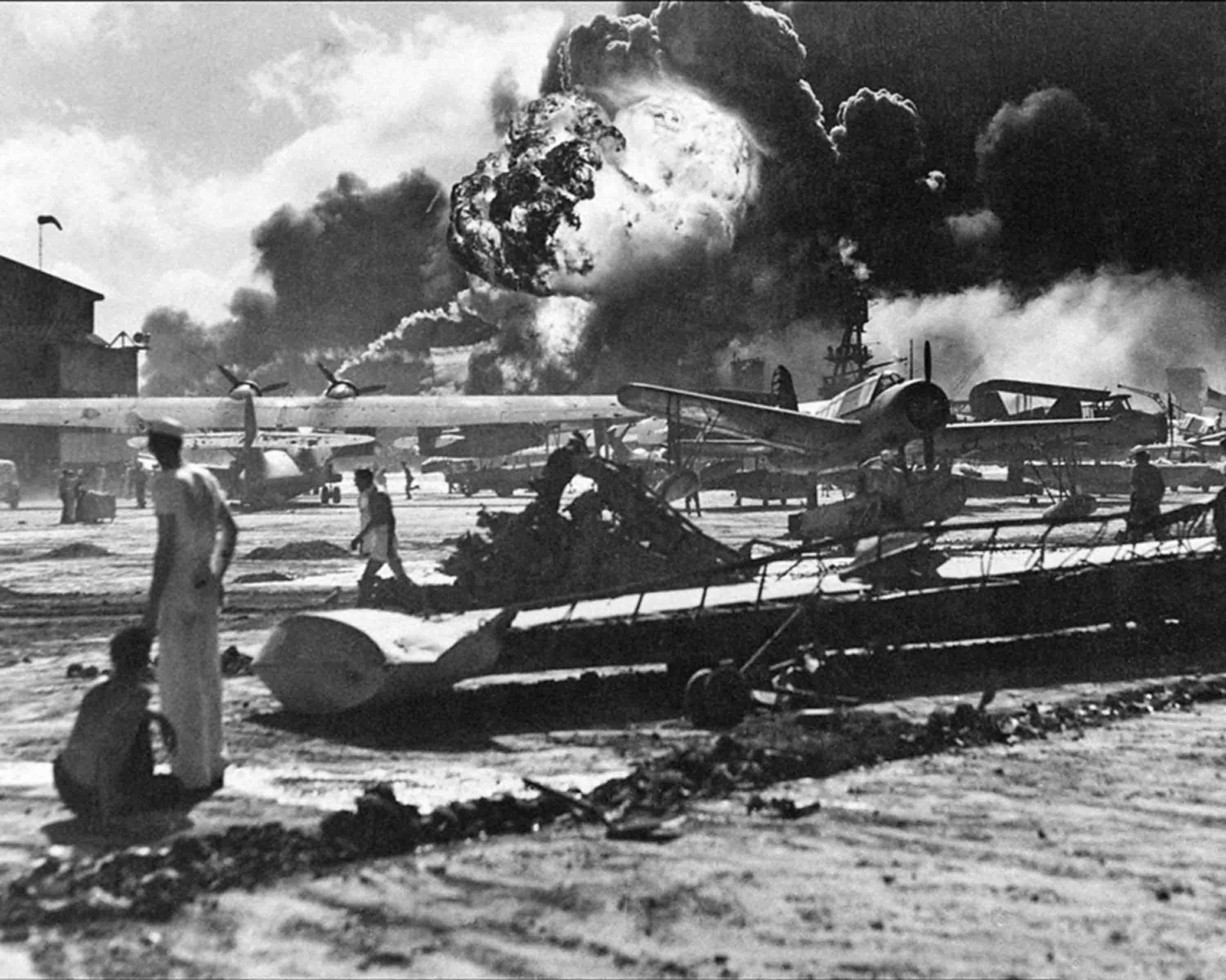 The famous photograph of World War II in HD, Hawaii, Pearl