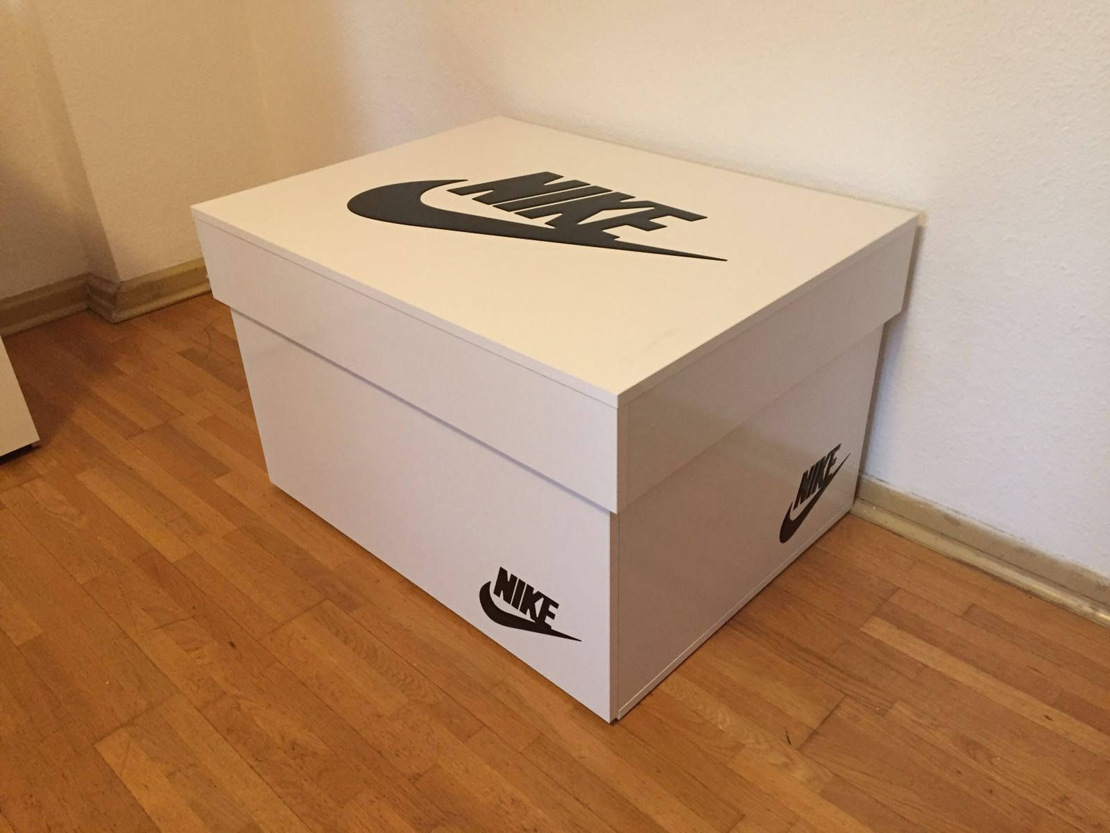 sneaker box selber bauen anleitung wohn design. Black Bedroom Furniture Sets. Home Design Ideas