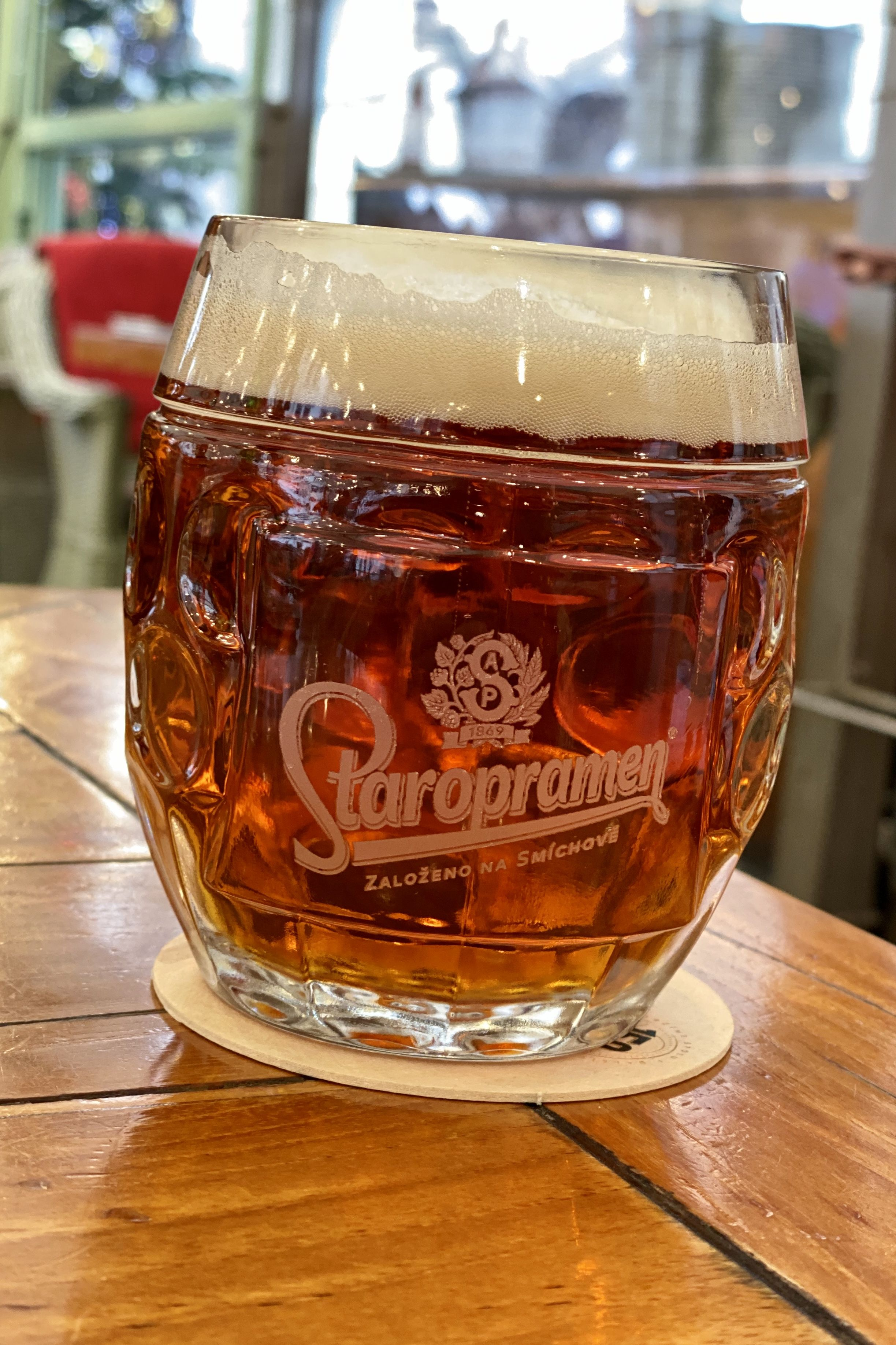 Staropramen In 2020 Craft Beer Alcoholic Drinks Beer Glasses