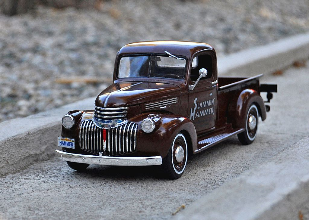 1941 chevy pickup 2 39 n 1 plastic model truck kit in 1 25 scale. Black Bedroom Furniture Sets. Home Design Ideas