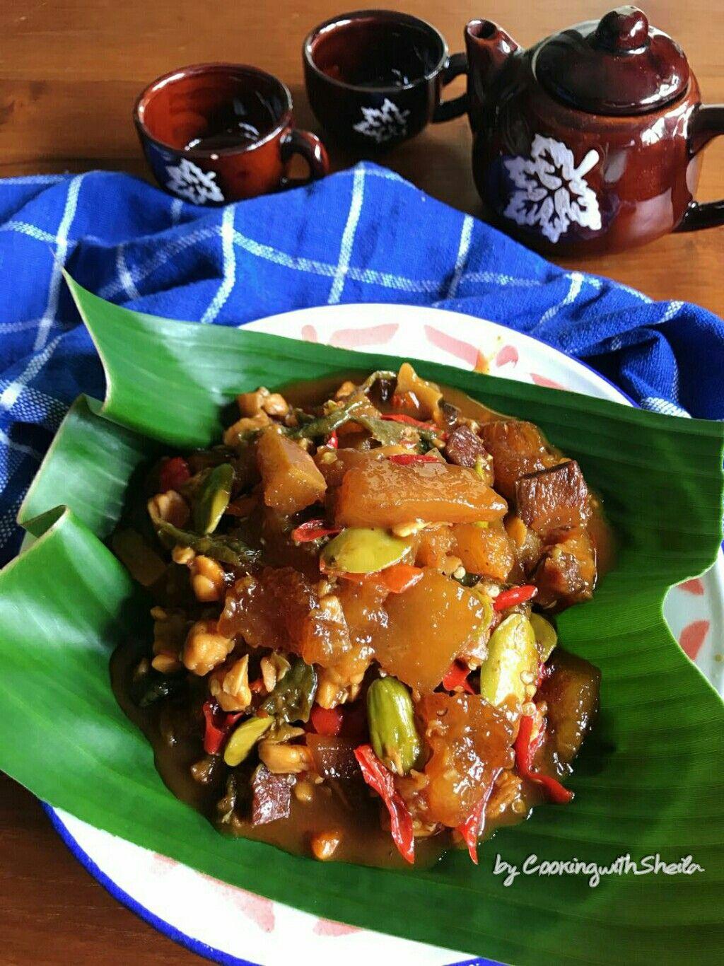 Salah Satu Tujuan Wisata Kuliner Ke Yogyakarta Saat Ini Tidak Hanya Gudeg Loh Tetapi Menu Oseng Mercon Jug Resep Masakan Resep Masakan Indonesia Resep Makanan