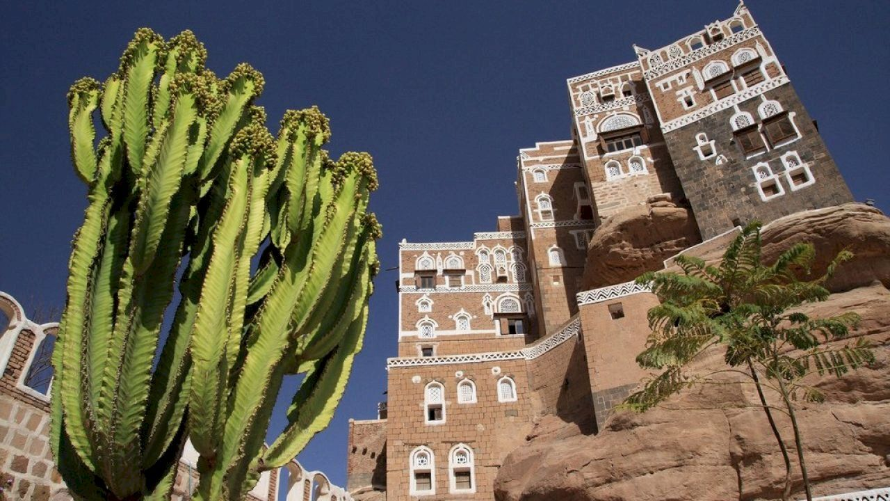 بماذا تشتهر اليمن Mansions World Heritage Sites Stone House